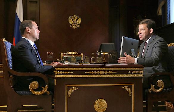 Дмитрий Медведев на встрече с Евгением Куйвашевым заявил о необходимости капремонта школ. 375268.jpeg