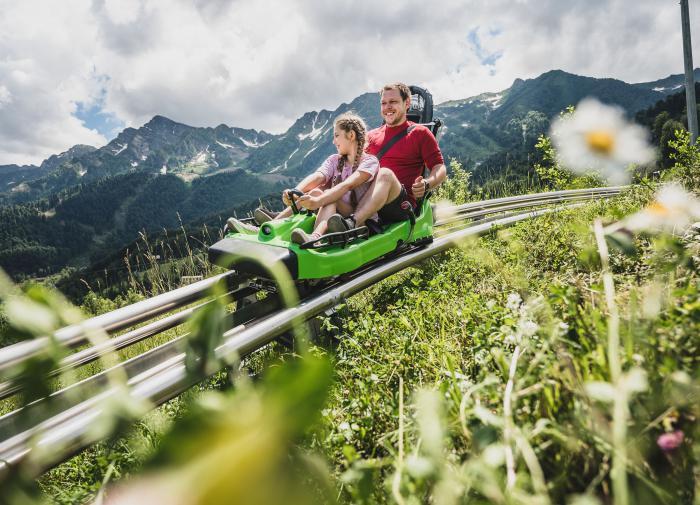 Ради экономии прибалтийская полиция пересела на велосипеды