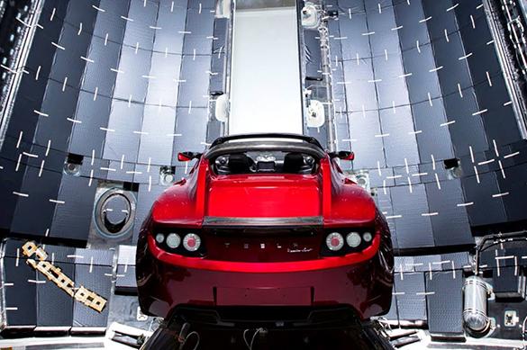 Привет из космоса: автомобиль Илона Маска врежется в Землю. Привет из космоса