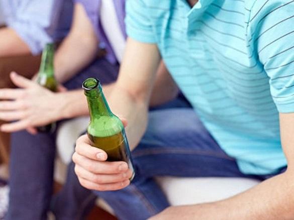 У подростков, пьющих алкоголь, рост мозга ощутимо замедляется. 402270.jpeg