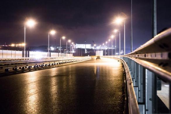 """Украинцы обнаружили """"трещины"""" в опорах Крымского моста. крымский мост"""