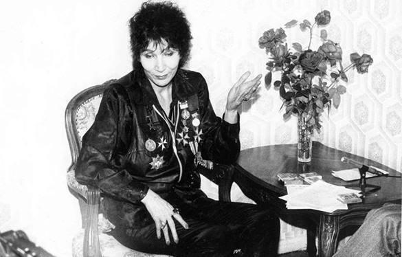 В Москве на 66-м году скончалась целительница Джуна. 321275.jpeg