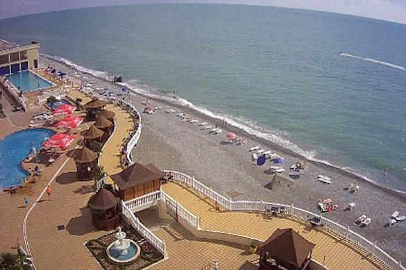 Пляжи Сочи и Ялты пометили голубыми флагами. 373275.jpeg
