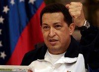 Чавеса в больнице навестил легенда футбола Марадона. chavez