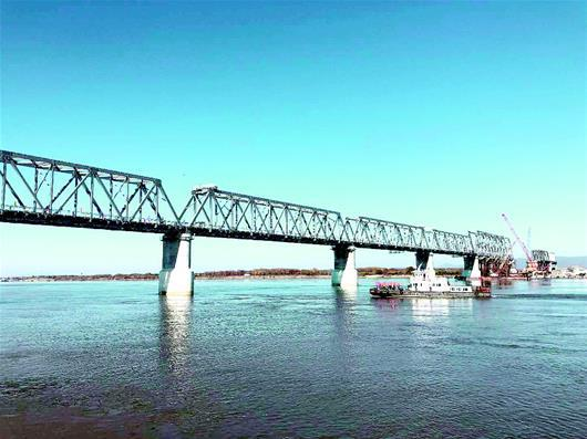 Мост через Амур соединил Россию и Китай. 401278.jpeg