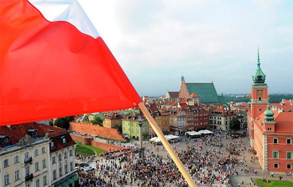 Польша приняла тенденцию Украины: осквернен памятник генералу Черняховскому. 318280.jpeg