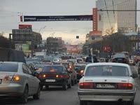 Дачники заблокировали движение на МКАД