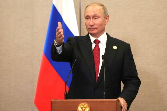 Порошенко помог Путину нести мир на Донбасс. Владимир Путин