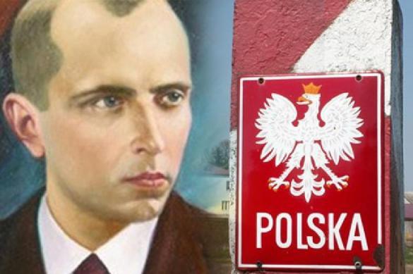 Украинцев стали пускать в Польшу только после отречения от Бандеры. Украинцев стали пускать в Польшу только после отречения от Банде