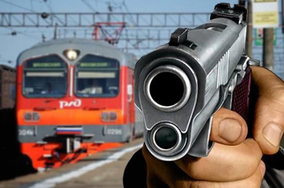 В Подмосковье неизвестный расстрелял пассажиров поезда и скрылся