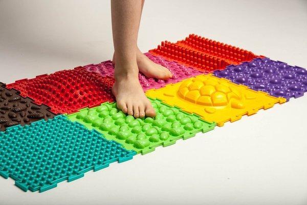 Как снять усталость ног. массажный коврик