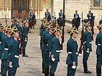 В Кремле прекращены церемонии развода караулов