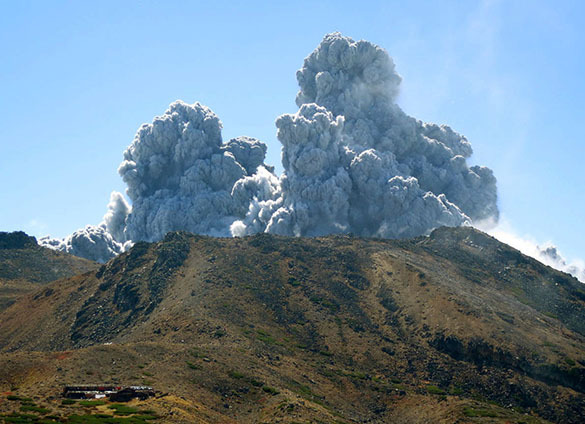 Под вулканом в Йеллоустоне обнаружено море магмы.