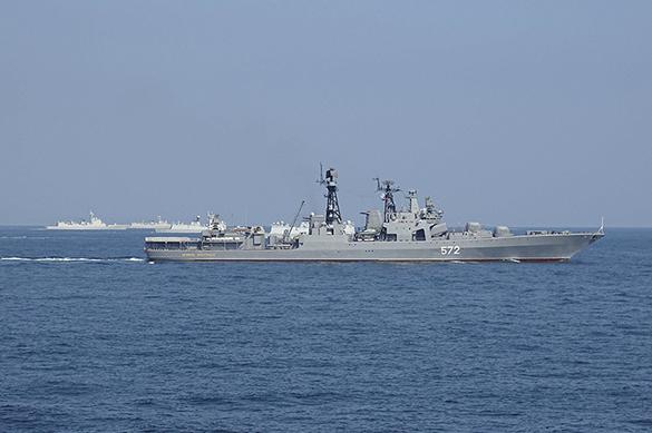 Флоты России и Китая начали совместные учения на Дальнем Востоке. Флоты России и Китая начали совместные учения на Дальнем Востоке