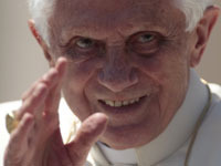 Папа Римский пообщается по видеосвязи с экипажем МКС. benedict
