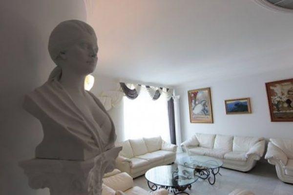 Квартира или дом: где живут российские знаменитости. 404292.jpeg