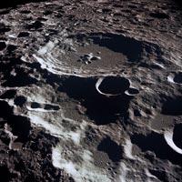 Тайные запасы воды на Луне стали явными
