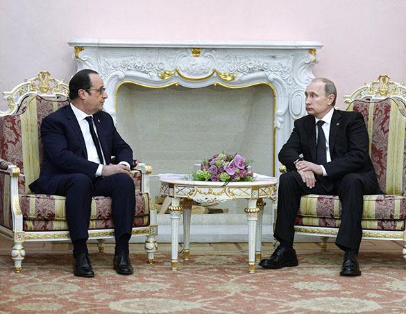 Франсуа Олланд: У нас есть много сюжетов, по которым мы нуждаемся в России,. Владимир Путин и Франсуа Олланд