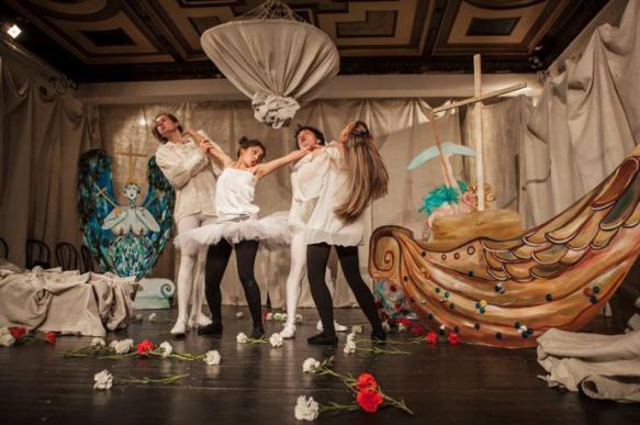 Актриса спектакля в Петербурге дала пощечины двум зрительницам. 402294.jpeg