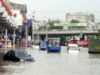 От наводнений в Индии погибли уже 280 человек