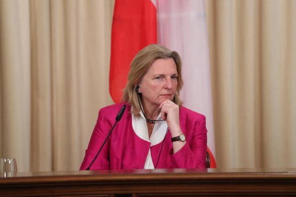 Глава МИД Австрии заявила о возможности новых санкций против России. 395297.jpeg