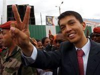Лидер мадагаскарской оппозиции объявил себя президентом