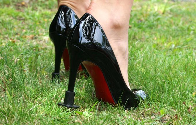 Россиянам запретят обувь на плоской подошве и на шпильке?. 293299.jpeg