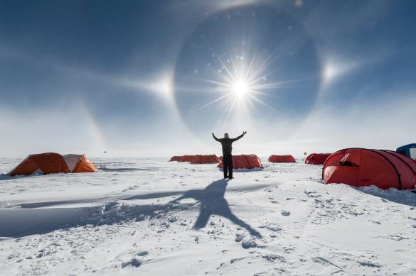 Просто фантастика: на Южном полюсе светит ложное Солнце. 382302.jpeg