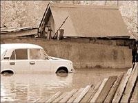 Селевые потоки накрыли несколько горных селений в Таджикистане