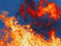 Пожар уничтожил завод по производству перчаток в Бурятии