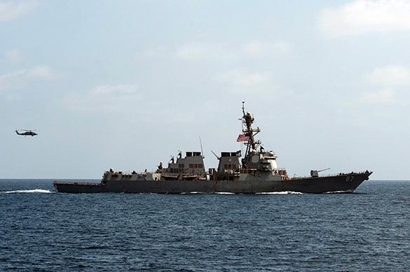 Китай призывает США прекратить маневры в районе Южно-Китайского