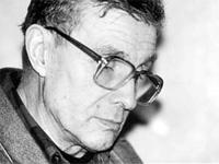 В Москве скончался известный поэт
