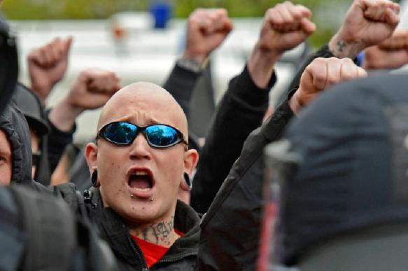 Полякам грозит суд за празднование дня рождения Гитлера. 397306.jpeg