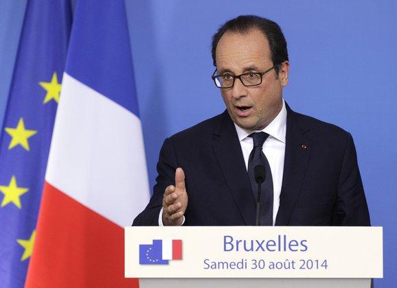 Франсуа Олланд на трибуне