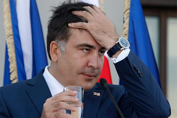 Саакашвили митингует у российского посольства в Литве. Саакашвили митингует у российского посольства в Литве