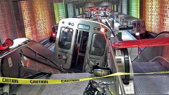 В Чикаго сошел с рельсов поезд метрополитна. 290309.jpeg