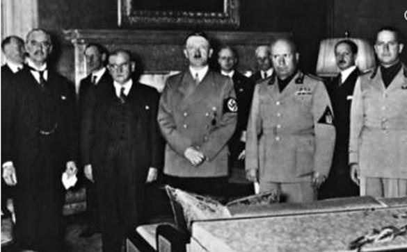 """Поклонники Гитлера превратили немецкую деревню в """"мекку для неонацистов"""". 318312.jpeg"""