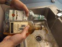 Чешская полиция изъяла 7 тысяч бутылок ядовитого рома. 272313.jpeg