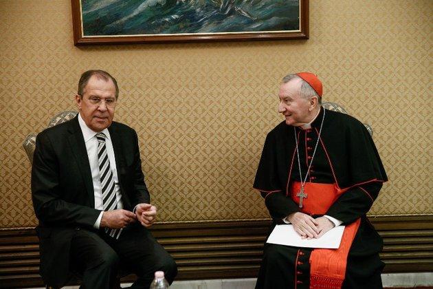 Глава МИД России и госсекретарь Ватикана обсудили ситуацию в Сирии и на Украине. Глава МИД России и госсекретарь Ватикана обсудили ситуацию в Сир