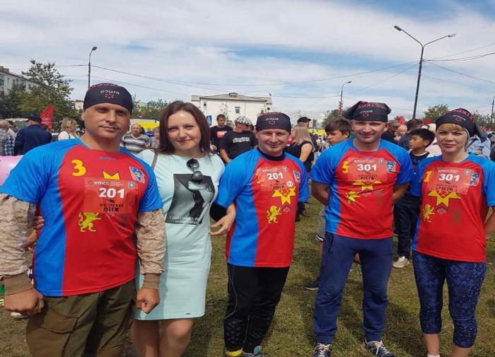 Когда то Зинаида Макарова была в одной команде с мэром, сенатором и представителями местной власти.