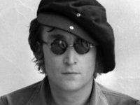 Фанат купил унитаз Джона Леннона почти за 15 тысяч долларов. 238320.jpeg