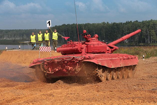 В России пройдут соревнования по танковому биатлону