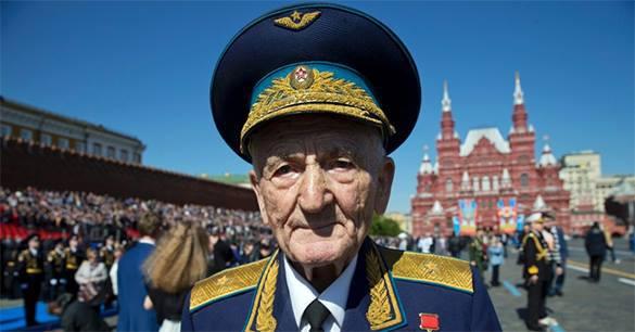 СМИ: На Парад Победы ветераны попадут по квотам. 315321.jpeg