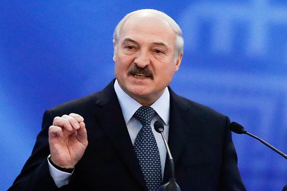 Лукашенко называет Путина братом и говорит о блестящих отношен