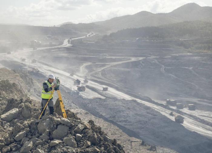 Перспективный угольный бизнес ВГК, возможно, стал предметом интереса рейдеров.