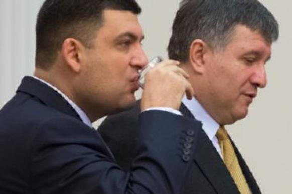 Гройсман и Аваков готовы работать с Зеленским в случае его победы на выборах.