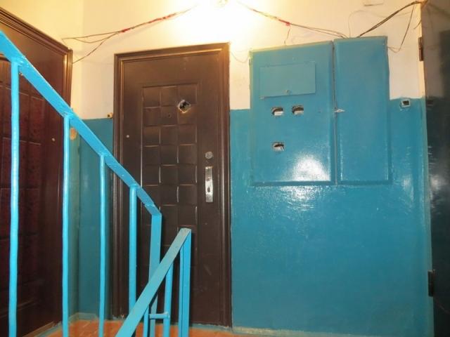 Бывшая жена отомстила мужу, забрав из квартиры входную дверь. Бывшая жена отомстила мужу, забрав из квартиры входную дверь