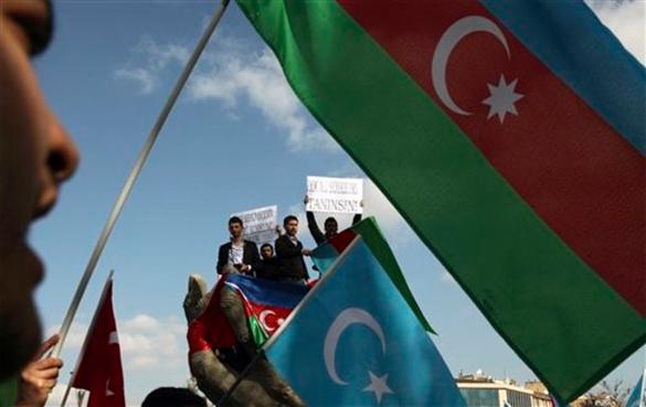 Алиев принимает меры против Майдана. Алиев принимает меры против Майдана