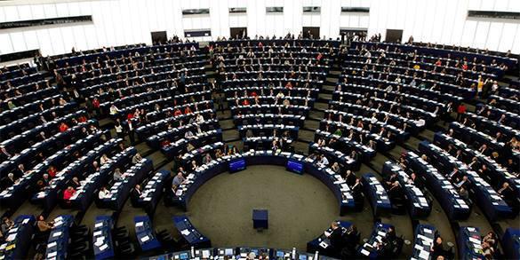 Украинца с позором выгнали с пресс-конференции в Европарламенте. европарламент