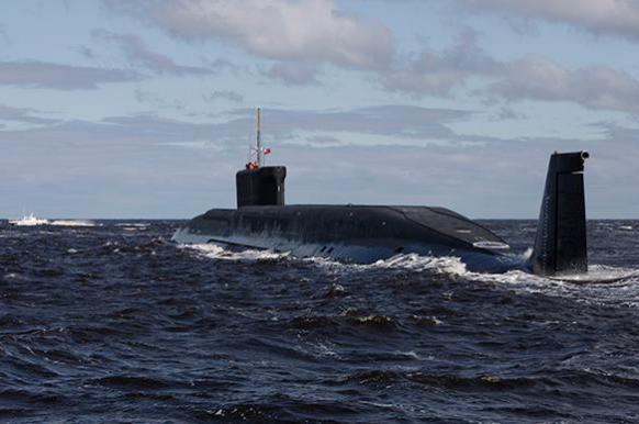 Британский флот и самолеты НАТО ищут смертоносные русские подло